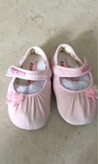 HELLO KITTY BABY SHOES- FLOWER PINK K3244 [MADE IN TAIWAN]