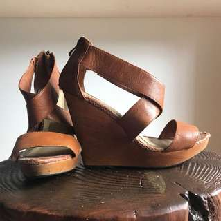 Size 38 - GOOD CONDITION! Nude Shoes Tan Leather Wedges