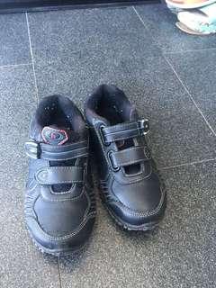 Sepatu sekolah anak homy ped uk 34