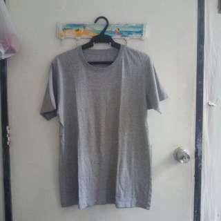 UNIQLO plain shirt (cut tag)