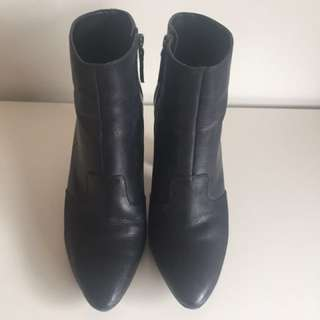 Nine West Leather Boots (Hydra)
