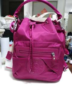 Kipling紫色手挽則咩斜咩背包四用袋398半價