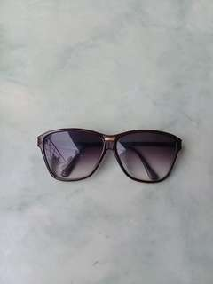 Clover Sunglasses Sunnies Women Oversized AUTHENTIC Carbon