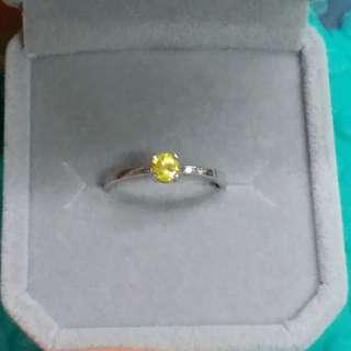 925銀鑲黃色藍寶石戒指