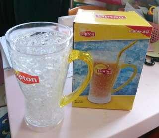 Lipton 冰杯, 放入雪櫃即可, 不用額外製冰