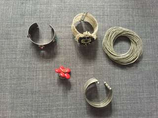 Costume jewellery bundle- bangles and ring