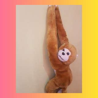 SALE!! HANGING MONKEY: FURRY PAL ON THE GO