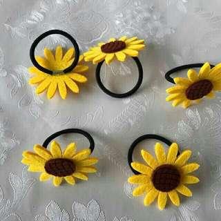 Sunflower ponytail