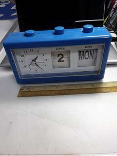 Collectible flip clock with date call 97821275