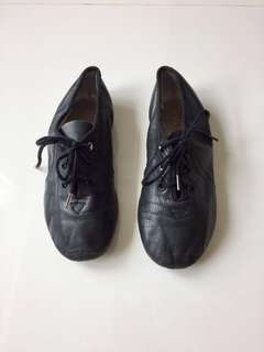 Size 12.5 Bloch black jazz shoes