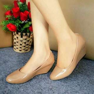 Wedges Pantopel Glossy Tan JA07