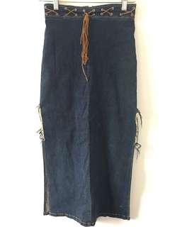 Slit Frayed Denim Skirt