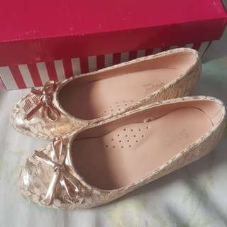 Champagne Gold with Lace Formal Shoes for Girls.