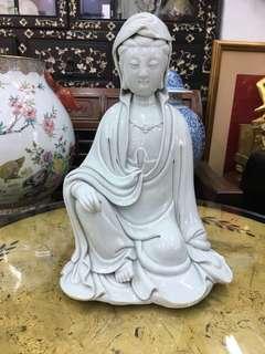 Vintage dehua sitting kwanyin