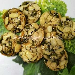 Almond karamel crunchy