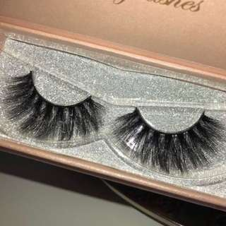 Faux Mink False Eyelashes in Box - Style 2