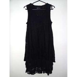 Charity Sale! Authentic Caroline Morgan Lace Long Sleeveless Women's Dress size Medium Vintage Dress