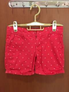 Red anchor shorts