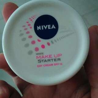 Nivea makeup starter