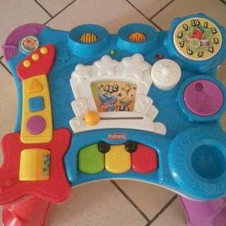 Playskoll Activity Table