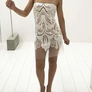 HIRING: Natalie Rolt Mimi dress