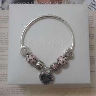 Pandora Bracelet Pre❤❤❤