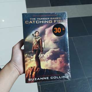 Novel Catching Fire New English disc 30%