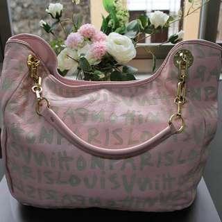 Louis Vuitton (Pink)