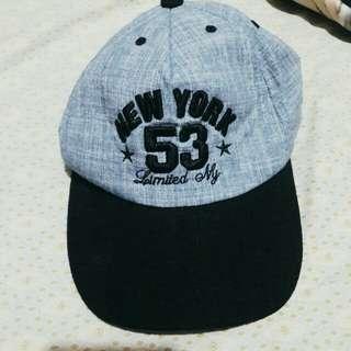 Preloved baseball cap denim