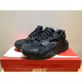 Nike huarache 黑武士