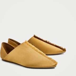 Zara - BNWT frayed satin slipper size 37