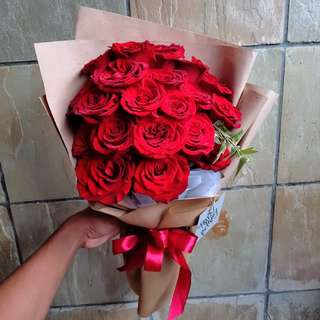 #064 20 Roses in Kraft