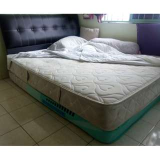 "RM600 for 3 items: 1 Queen Spring 9"" Mattress with Wood Bed Frame, 1 Queen Foam 7"" Katil Tilam"