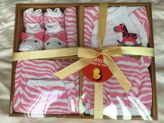 6 pcs Pureen Pride 'N' Joy Baby Girl Clothes Gift Set for 0-3 months