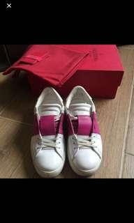 🈹Valentino sneakers