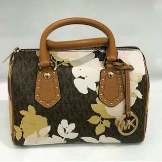 Michael Kors Small Aria