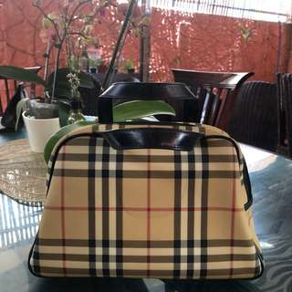 100% AUTHENTIC BURBERRY LONDON NOVA CHECK Mini Hand Bag