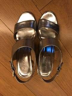 TITIKAKA sandals