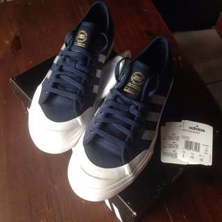 Adidas Matchcourt Conavy