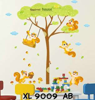 Wallsticker Uk. 2x60x90 Motif Squirrel House