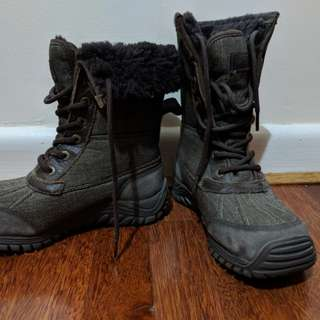 Uggs special edition winter boots