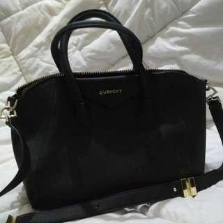 Givenchy Handbag Premium Quality