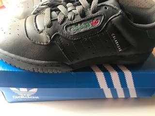 Adidas Yeezy Powerphase WMS US size 6.5