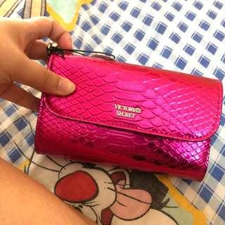 Victoria's Secrets pouch