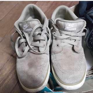 Nike Suketo sz9.5 brown