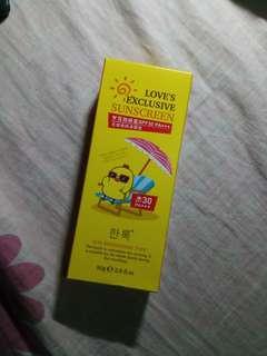 Sunscreen SPF30 PA+++