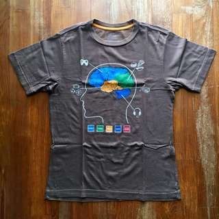 Old Navy brown short-sleeved tee with boy brain graphic