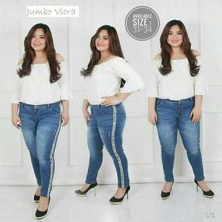 Celana jeans jumbo Viora jeans off white big size jeans list jumbo