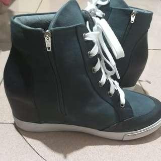 Preloved boot wanita