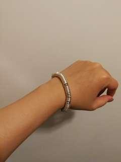 90% new ! Links of London Sweetie bracelet